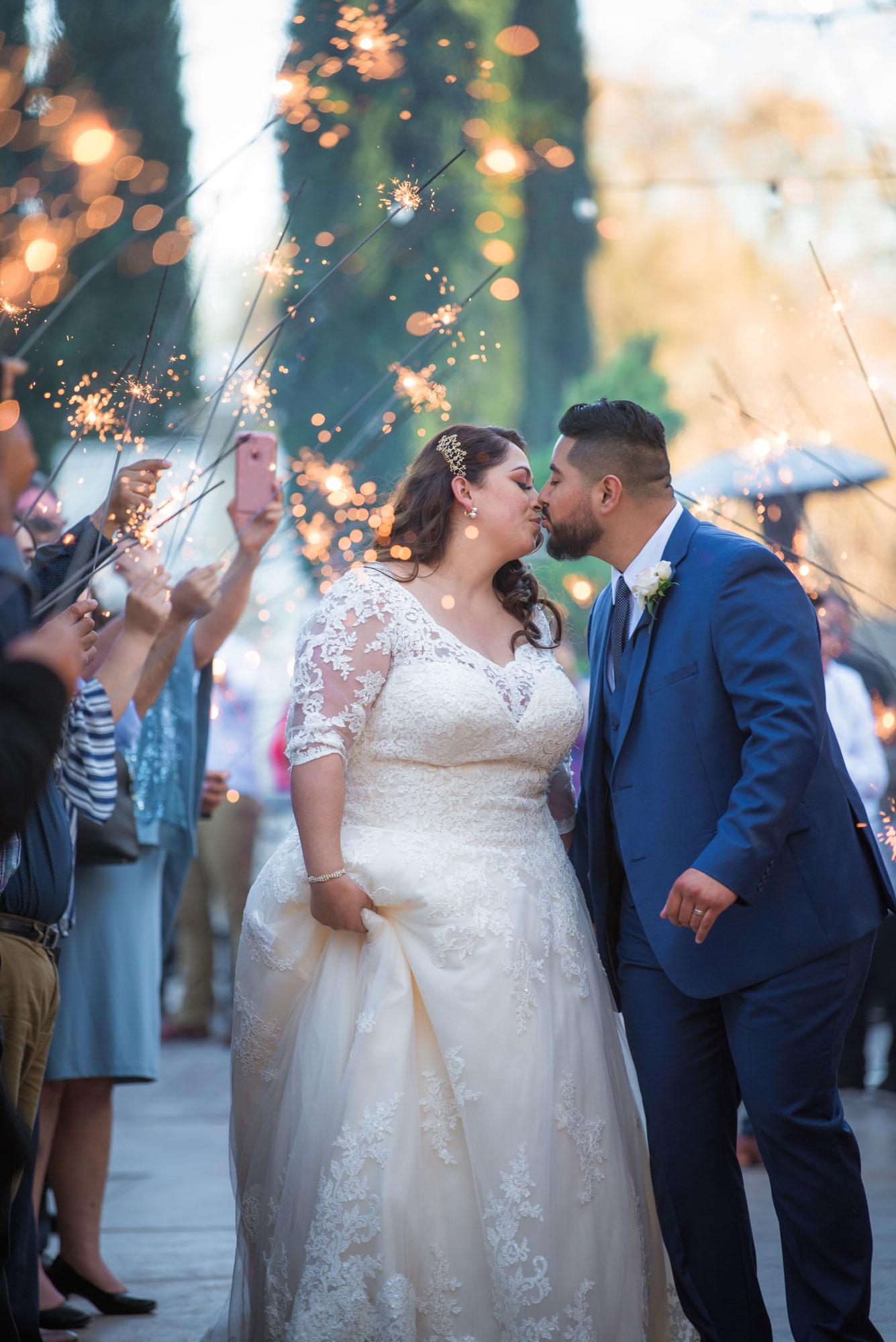 https://bworthyphotography.smugmug.com/BW-Website-Wedding-Session/Sanchez-Wedding