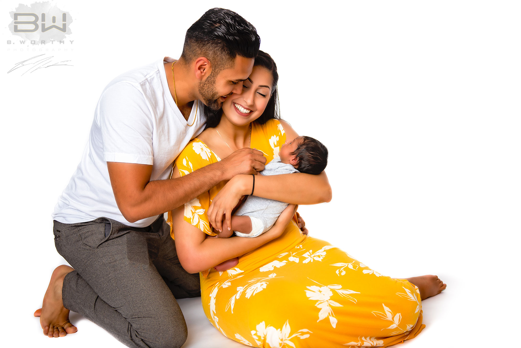 https://bworthyphotography.smugmug.com/BW-Website-Newborn-Session/Dhatt-Newborn-Session