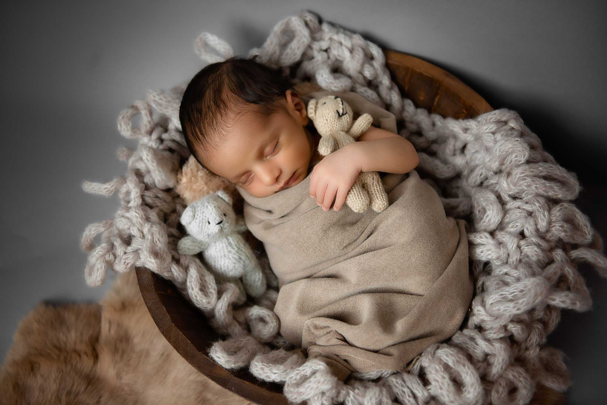 https://bworthyphotography.smugmug.com/BW-Website-Newborn-Session/Kaushal-Newborn-Session